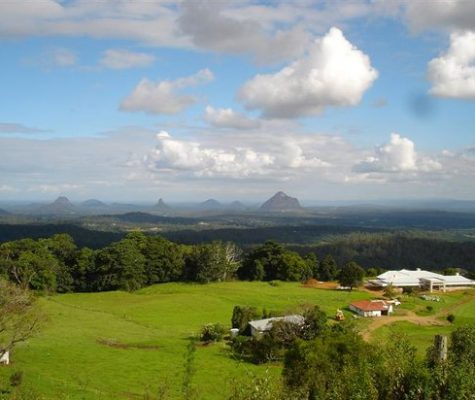 glasshouse-mountains